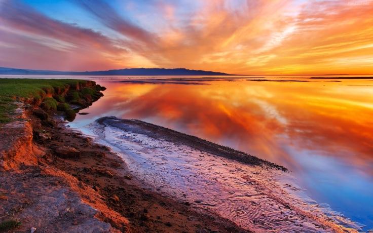 reflejos-del-cielo-en-el-mar-8850