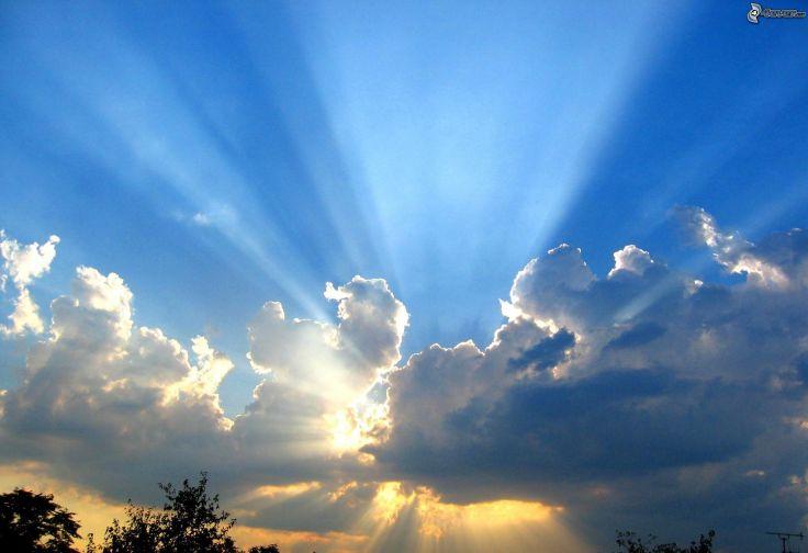 rayos-del-sol-detras-de-las-nubes-213426.jpg